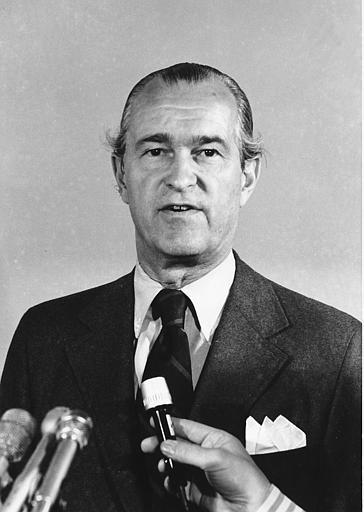 Whole Dude - Whole Spy: Apart from the Congressional hearings, Richard Helms had faced news media during April 1975 and spoke to reporters who had very little understanding of Agency's great performance in other countries.