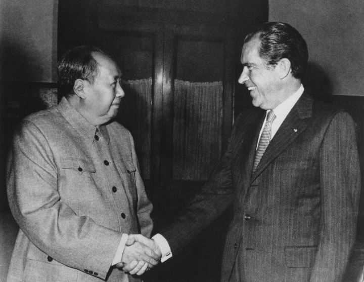 WHOLE DUDE WHOLE SIN : February 21, 1972. President Richard Nixon with Communist leader Mao-Tse Tung in Peking(Beijing). Chairman Mao represents the Face of Crimes Against Humanity.