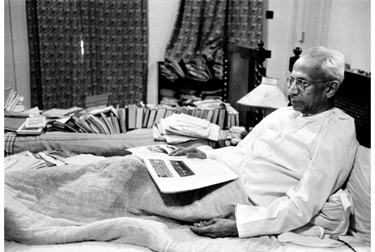 The history of Special Frontier Force-Establishment No. 22: Vice President Radhakrishnan at his New Delhi residence during 1960. The events from 1957 to 1962 had shaped Indian foreign policy and it paved the way for alignment with the United States to oppose the military threat posed by the People's Republic of China.