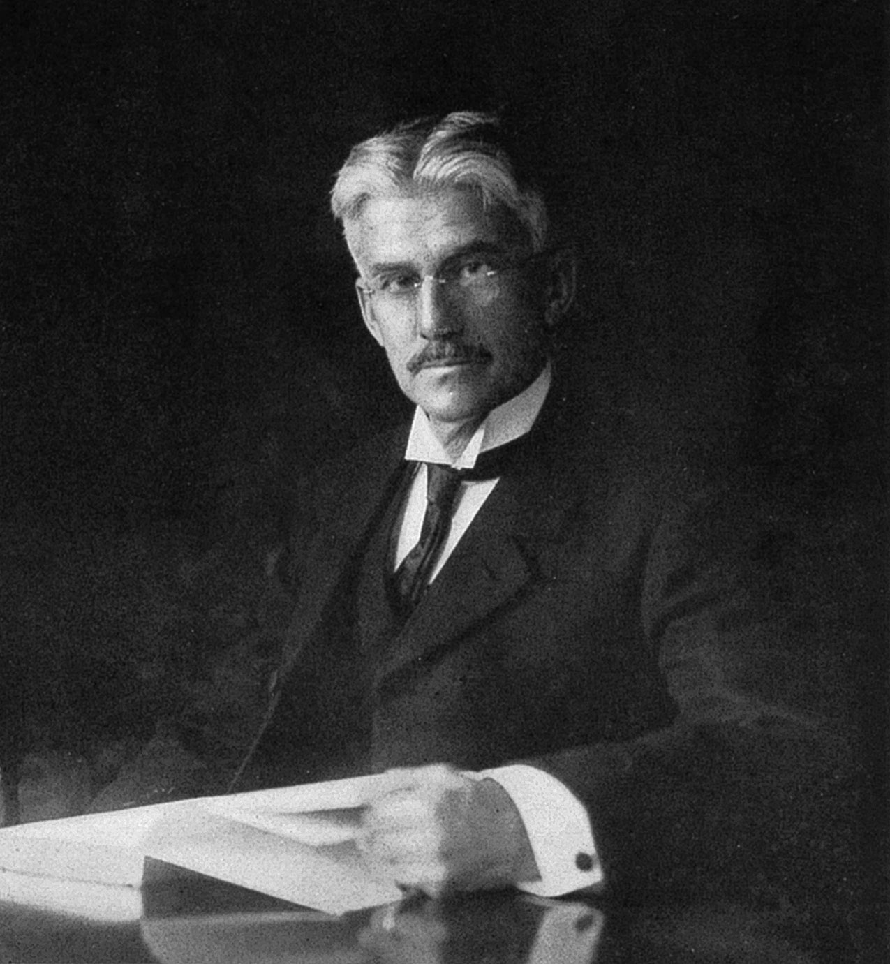 WholeDude-WholeDesigner: Albert Henry Munsell(1858-1918), an artist of distinction, a gifted teacher of art, made the description of color accurate and convenient for teaching of color. He made the foundation for all other Color Order Systems.