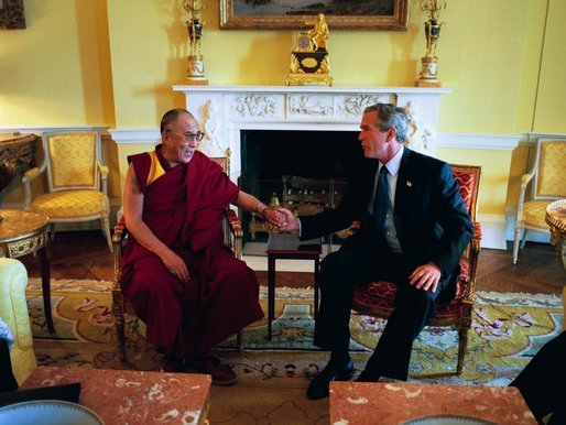 SPECIAL FRONTIER FORCE AT THE WHITE HOUSE: His Holiness the 14th Dalai Lama  speaking with US President George Bush during their meeting in The White House on September 10, 2003.
