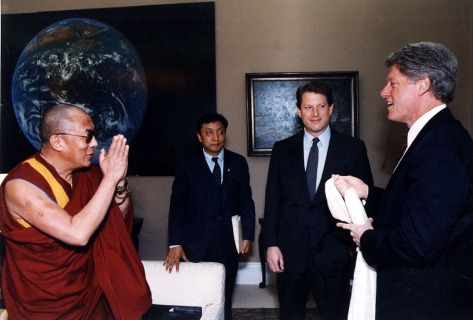 SPECIAL FRONTIER FORCE AT THE WHITE HOUSE: His Holiness the 14th Dalai Lama speaking with US President Bill Clinton during their meeting in The White House in Washington, DC.