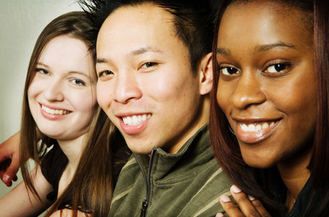 a comparison of relationships between people from different cultures and races What's the difference between ethnicity and race  ethnicity, however, refers to  cultural factors, including nationality, regional culture,  the term race refers to  the concept of dividing people into populations or groups on  3 race relations.