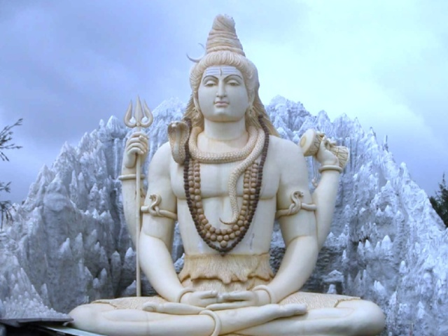 "SPIRITUALITY SCIENCE - WHOLE YOGA : WHAT IS YOGA ???? YOGA IS OFTEN ASSOCIATED WITH SPIRITUAL PRACTICES SUCH AS MEDITATION, ""DHYANA""(INTERNAL REFLECTION), BHAKTI OR DEVOTION, INTENSE MENTAL CONCENTRATION, AND A SYSTEM OF POSTURES THAT INCLUDES CONTROLLED BREATHING. IN INDIAN TRADITION, LORD SHIVA IS OFTEN DEPICTED IN IMAGES AS A PRACTITIONER OF YOGA."
