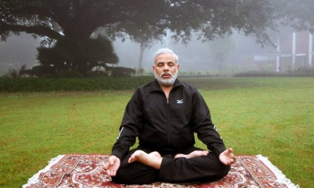 SPIRITUALITY SCIENCE - WHOLE YOGA : INDIA'S PRIME MINISTER NARENDRA MODI PRACTICES YOGA AND FINDS IT USEFUL IN HIS PERSONAL LIFE AND WELL-BEING. WHAT IS YOGA ???