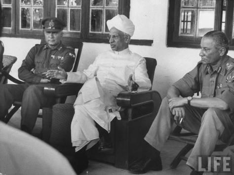 HISTORY  OF  THE  US-INDIA-TIBET  RELATIONS  :  CHINA-INDIA  WAR  OF  OCTOBER-NOVEMBER  1962 .