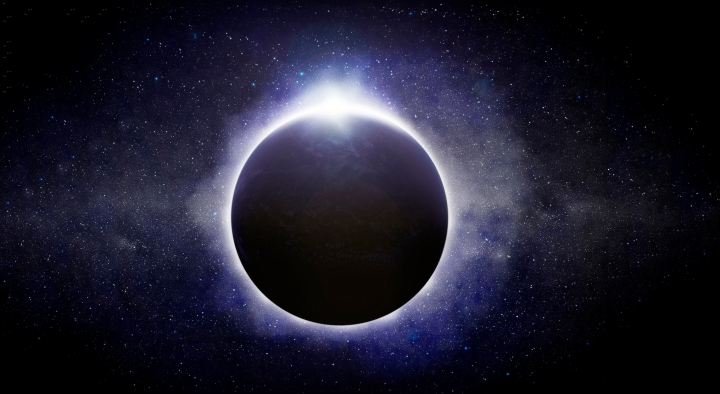 THE  CELEBRATION  OF  SPRING  SEASON  : VERNAL  EQUINOX  OF  2015  COINCIDED  WITH  TOTAL  SOLAR  ECLIPSE .  THIS  IS  THE  VIEW  OF  SUN  FULLY  COVERED  BY  MOON'S  SHADOW  .  PHOTO  IMAGE  FROM  FAEROE  ISLANDS .