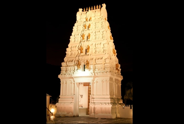 Hindu Brahmin cut off from his God and Temple: The Hindu Brahmin who received Britney Spears at Malibu Hindu Temple on January 15, 2006 excommunicated me to cut me off from God and Temple.