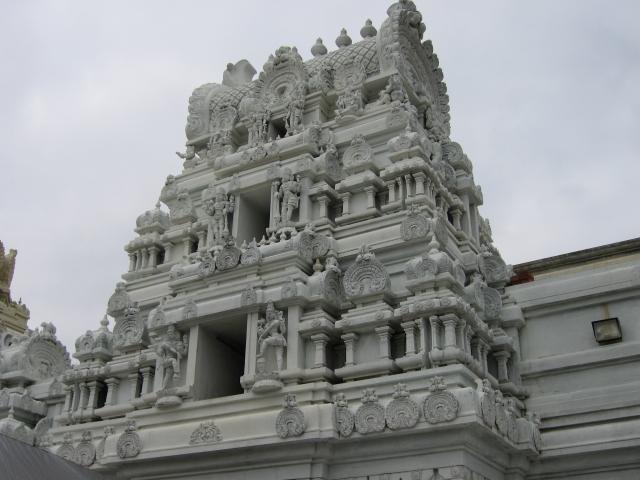 Hindu-Brahmin-Alienation-God-Temple