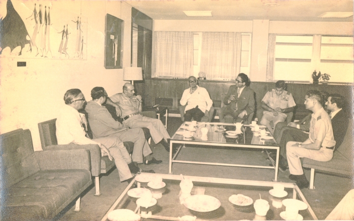 BHARAT DARSHAN - INDIA'S FIRST COMPUTER. AT 'TIFR', DR. PVS RAO( SECOND FROM LEFT, SEATED ON A SOFA FACING THE CAMERA) HELD DISCUSSIONS WITH INDIAN AIR CHIEF MEHTA TO DEVELOP INDIA'S AIR DEFENCE DATA HANDLING SYSTEM.