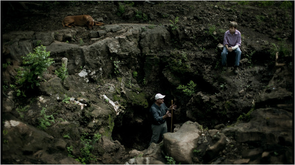 THE DISCOVERY OF HOMO NADELI BY PALEOANTHROPOLOGIST LEE R BERGER. HE IS SEEN WITH HIS SON MATTHEW AT MALAPA SITE WHERE HE DISCOVERED AUSTRALOPITHECUS SEDIBA.
