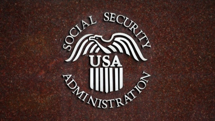 LABOR DAY HOLIDAY TRADITION - JOB vs RETIREMENT SAFETY. SOCIAL SECURITY CONTRIBUTIONS HAVE TO BE INSURED BY FDIC FOR PROTECTION OF FINANCIAL ASSETS OF ALL US WORKERS.
